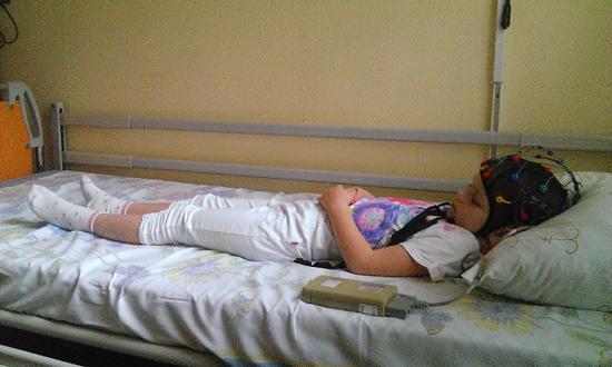 ребенок (восстановительное лечение менингита)